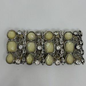 EUC Lia Sophia bracelet